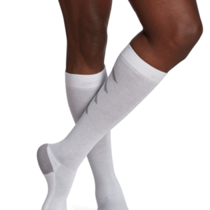 Sigvaris Athletic Recovery Sock, 15-20 mmHg, Calf High, Closed Toe (Mens)(White)